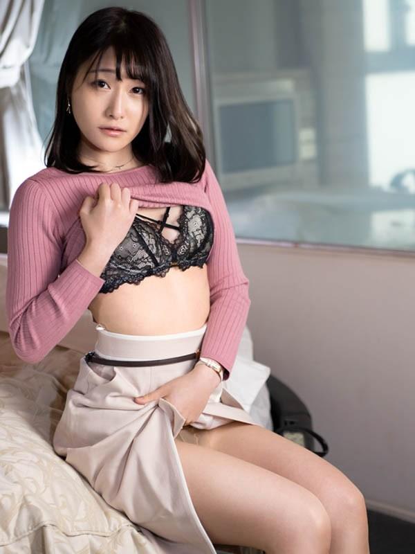 【波多野结衣】MISM-173:美腿女店员土屋奏(土屋かなで)惊叹的AV出道。